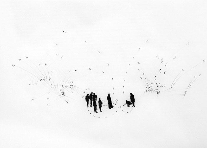 Faisel Saro, Het barre land, inkt op kalkeerpapier, 21 x 29,7 cm, € 180,-